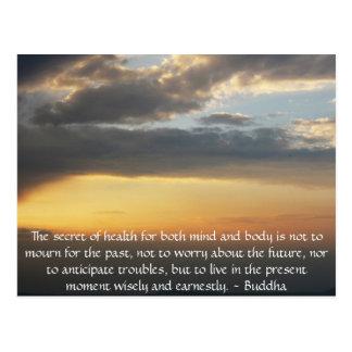 Cita budista hermosa con la foto inspirada postales