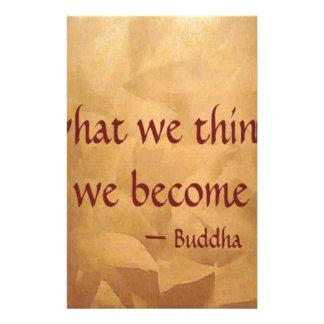 Cita de Buda; Qué pensamos nos convertimos Papeleria De Diseño