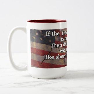 Cita de George Washington en la Primera Enmienda Taza Dos Tonos
