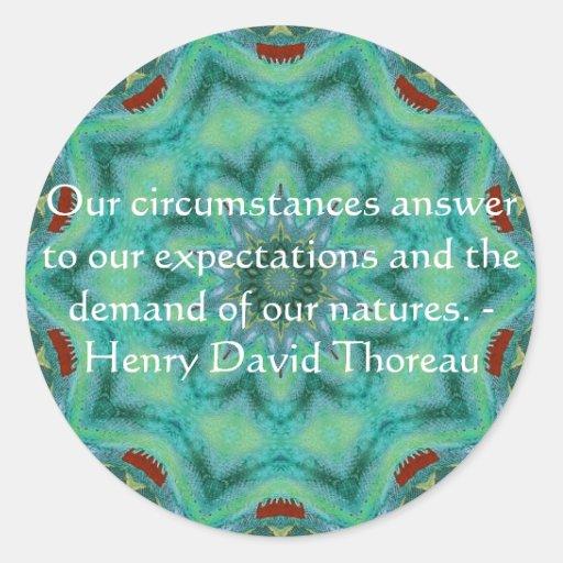 Cita de Henry David Thoreau con diseño primitivo Pegatinas Redondas
