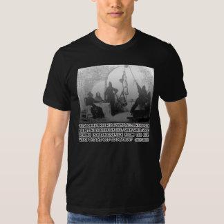 Cita de John Locke en los extremos y los medios Camisas