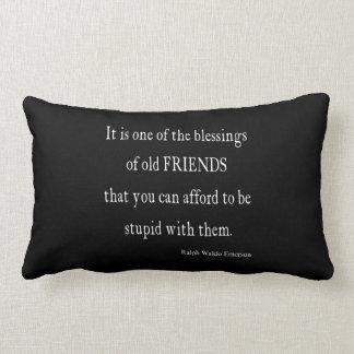 Cita de la bendición de la amistad de Emerson del Cojín Lumbar