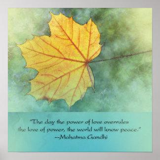 Cita de la hoja de la paz de Gandhi Póster