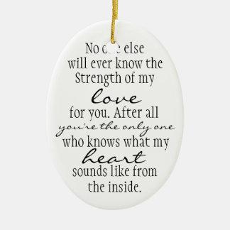 Cita de la madre adorno navideño ovalado de cerámica