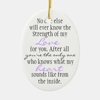Cita de la madre adorno ovalado de cerámica