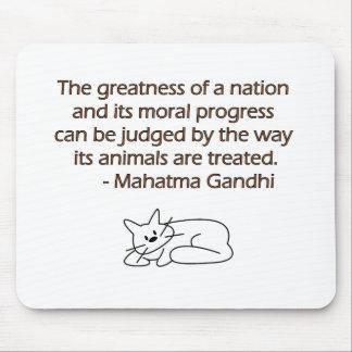 Cita de los animales de Gandhi con el gato Tapete De Ratones