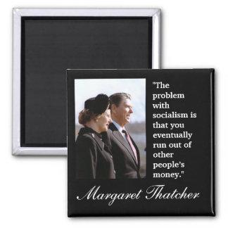 """Cita de Margaret Thatcher """"el problema… """" Imán Cuadrado"""
