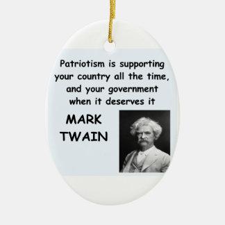 Cita de Mark Twain Adorno Navideño Ovalado De Cerámica