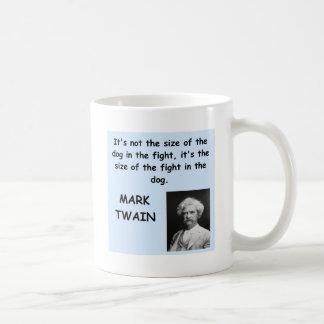 Cita de Mark Twain Taza Básica Blanca