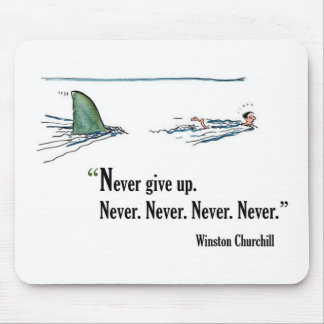Cita de motivación del examen de Winston Churchill Tapetes De Ratones