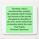 cita de Nicolás Copérnico Tapetes De Raton