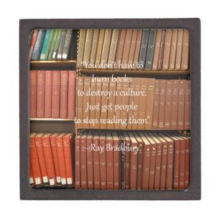 Cita de Ray Bradbury sobre los libros Cajas De Recuerdo De Calidad