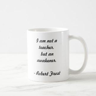 Cita de Robert Frost Taza Básica Blanca
