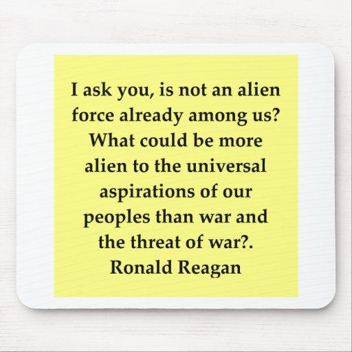 cita de Ronald Reagan Tapete De Raton