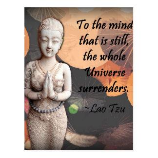 Cita de Tzu del Lao en rezo tailandés del paraguas Postales