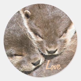 Cita del amor - nutrias etiqueta redonda