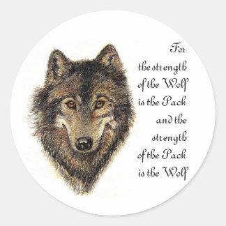 Cita del lobo y del paquete - colección animal etiquetas redondas