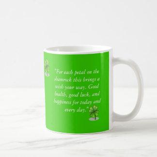 Cita del trébol taza básica blanca