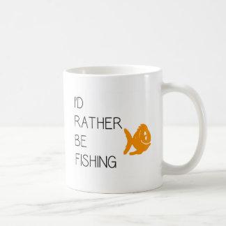 Cita divertida de la pesca taza
