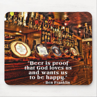 Cita famosa de la cerveza de Ben Franklin Alfombrilla De Raton