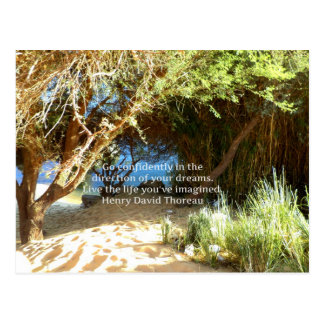 Cita ideal de motivación de Henry David Thoreau Tarjeta Postal