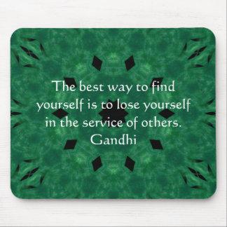 Cita inspirada de Gandhi sobre esfuerzo personal Mouse Pad