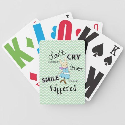 Cita inspirada del dibujo animado adorable del con barajas de cartas