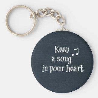 Cita inspirada: Mantenga una canción su corazón Llavero Personalizado