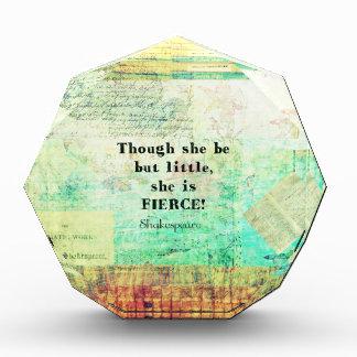 Cita pequeña y feroz de Shakespeare