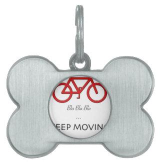 cita roja de la bicicleta placas de nombre de mascota