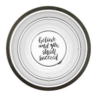 Citas inspiradas: Crea y usted tendrá éxito Cuenco Acrílico