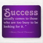 Citas inspiradas Thoreau: Éxito Mouse Pad