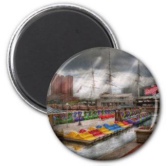 City - Baltimore MD - Modern Maryland 2 Inch Round Magnet