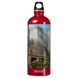 City - Chicago IL - Continuing a Legacy Aluminum Water Bottle