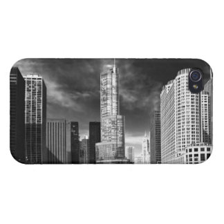 City - Chicago IL - Trump Tower BW iPhone 4 Cover