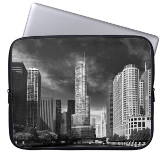 City - Chicago IL - Trump Tower BW Laptop Sleeve