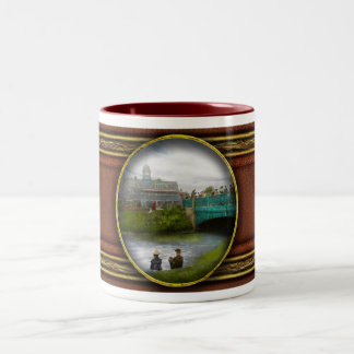City - Detroit MI - The Family Renunion - 1900 Two-Tone Coffee Mug