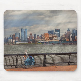 City - Hoboken, NJ - Fishing - The good life Mousepad