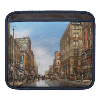 City - Kansas City MO Commerce from the past 1900 iPad Sleeve