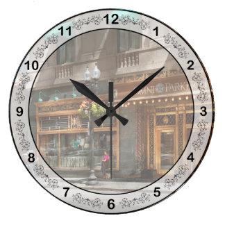 City - MA Boston - Meet me at the Omni Parker Large Clock