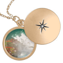 City - Niagara NY -  In the eye of a hurricane Gold Finish Necklace