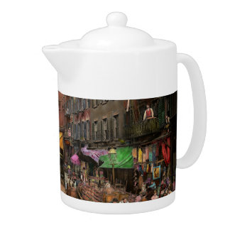 City - NY - Flavors of Italy 1900 Teapot