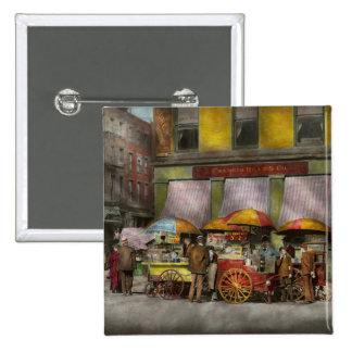 City - NY- Lunch carts on Broadway St NY - 1906 Pinback Button