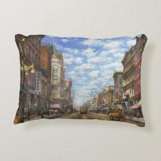 City - NY - Main Street. Poughkeepsie, NY - 1906 Decorative Pillow
