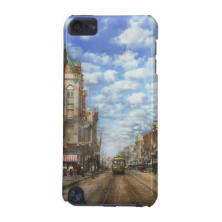 City - NY - Main Street. Poughkeepsie, NY - 1906 iPod Touch 5G Cover