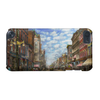 City - NY - Main Street. Poughkeepsie, NY - 1906 iPod Touch (5th Generation) Cover