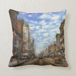 City - NY - Main Street. Poughkeepsie, NY - 1906 Throw Pillow