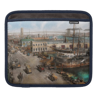 City - NY - South Street Seaport - 1901 iPad Sleeve