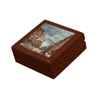 City - NY - The ever changing market place 1906 Jewelry Box