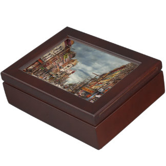 City - NY - The ever changing market place 1906 Memory Box